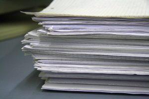 Papiere / Unterlagen